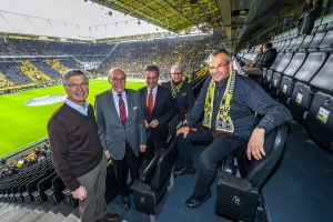 Festredner des Reinoldimahls 2019, EU-Kommissar Günther Oettinger, zum Auftakt im Stadion des BVB